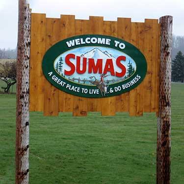 sumas-cross-border-freight-border-crossing-canada-washington-sign